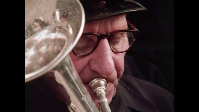 cus members of salvation army brass band - ブラスバンド点の映像素材/bロール