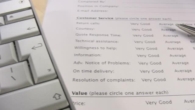 stockvideo's en b-roll-footage met customer satisfaction survey - pen schrijfgerei