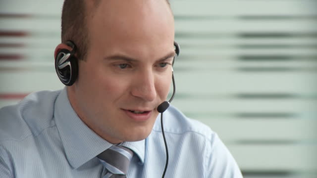 hd dolly: customer service - switchboard operator stock videos & royalty-free footage