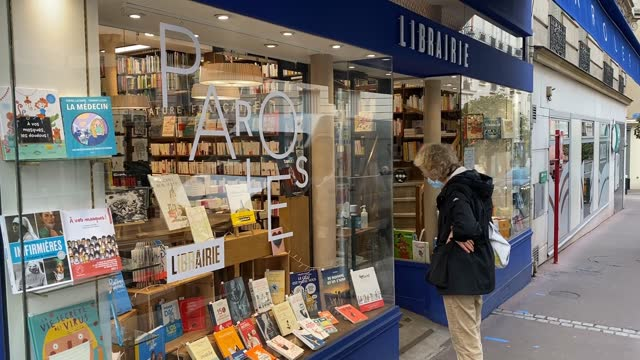 customers get their click and collect orders at paroles bookstore on november 10 2020 in saint mande france bookstores like many other small... - collection stock videos & royalty-free footage
