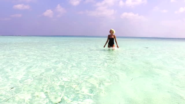Cute blonde girl on vacation, Maldives