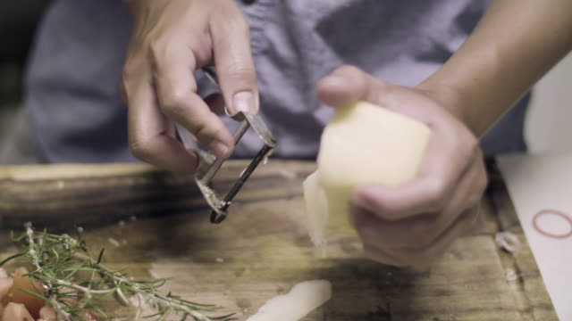 cu : cutting cheese with slicer - chopping stock videos & royalty-free footage