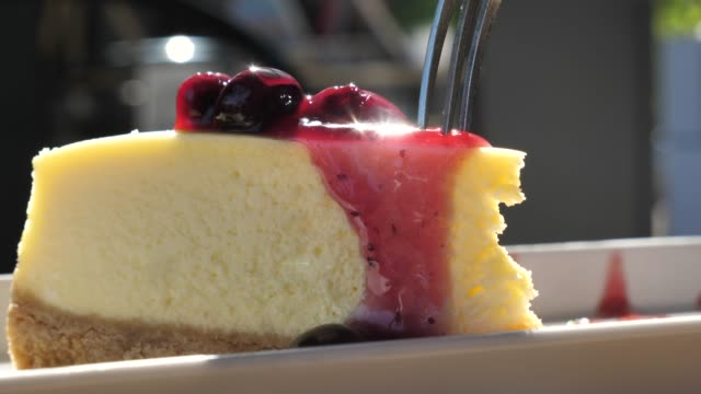 cutting cheesecake in slow motion - dessert stock videos & royalty-free footage