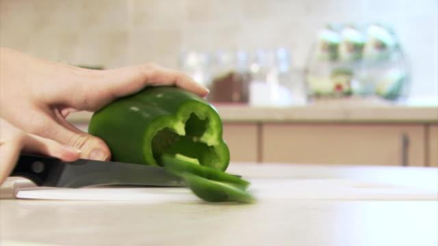 Schneiden Grüne Paprika