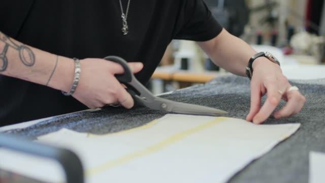 cutting in workshop - パタンナー点の映像素材/bロール