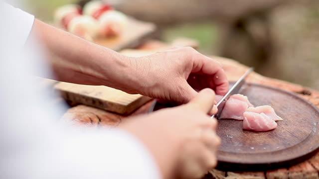 Cutting pork cut