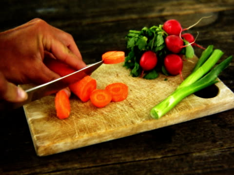 ntsc cutting the carrot. - crucifers 個影片檔及 b 捲影像