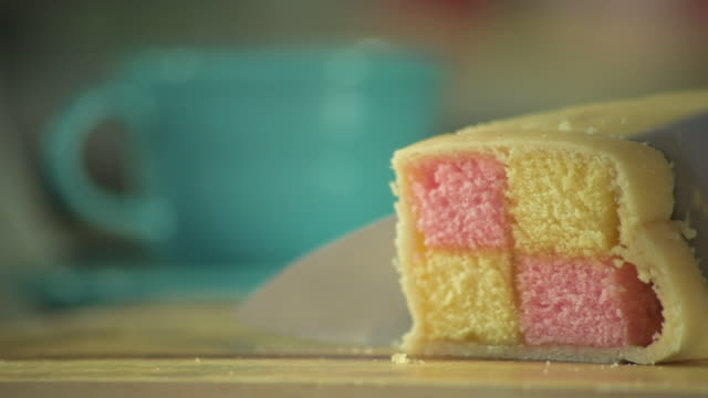 Cutting Two Slices of Battenberg