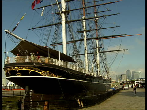 cutty sark general views / james cracknell photocall; prop leaning against worn section of cutty sark hull, restoration materials on wooden hull,... - rigging stock videos & royalty-free footage
