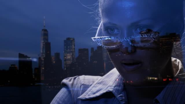 attacchi informatici a new york. hacker informatico nell'atto di hacking. - multi layered effect video stock e b–roll