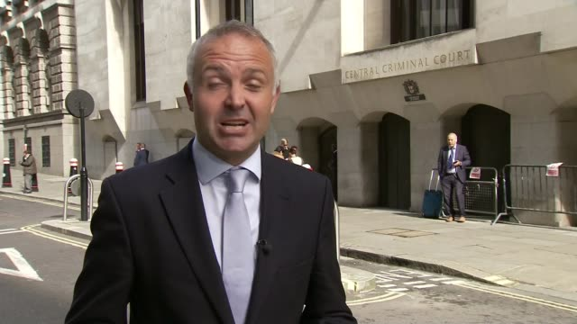 cyclist charlie alliston jailed for 18 months over death of kim briggs; london: old bailey: ext reporter to camera - リチャード・パロット点の映像素材/bロール