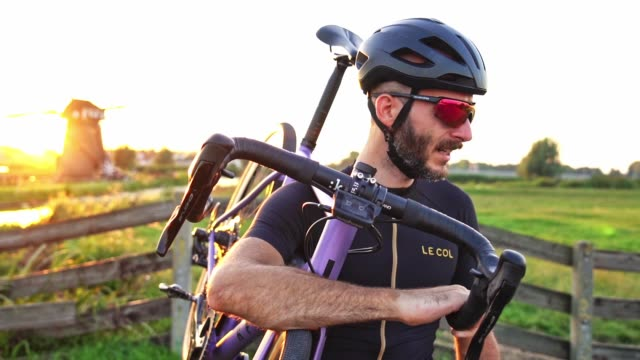 cyclist slow motion portrait - preparation stock videos & royalty-free footage