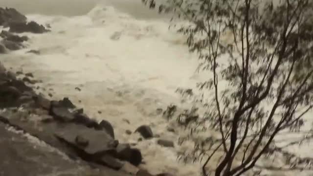cyclone dylan off the north queensland coast was officially upgraded from a topical low on january 30, before weakening into a tropical low after... - tide stock videos & royalty-free footage