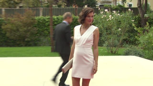 cymbeline' red carpet - 71st venice international film festival at palazzo del cinema on september 03, 2014 in venice, italy. - 第71回ベネチア国際映画祭点の映像素材/bロール