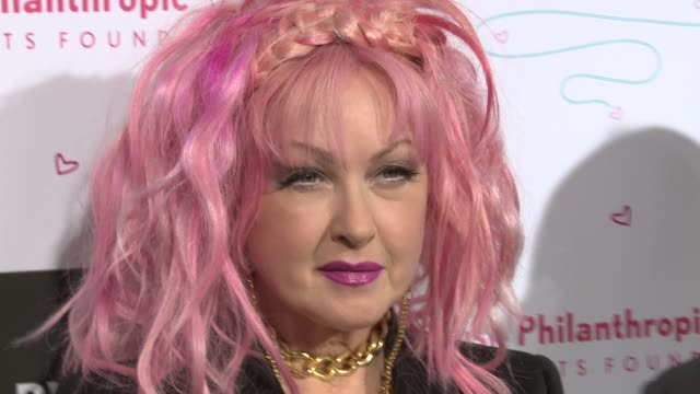 vídeos y material grabado en eventos de stock de cyndi lauper at russell simmons' rush philanthropic arts foundation's annual rush hearts education luncheon at the plaza hotel on march 11 2016 in... - russell simmons