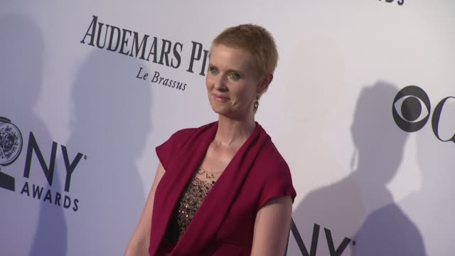 cynthia nixon at 66th annual tony awards red carpet at the beacon theatre on june 10 2012 in new york new york - cynthia nixon stock videos and b-roll footage