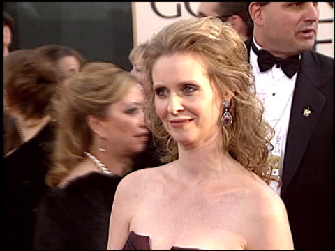 cynthia nixon at the 2006 golden globe awards at the beverly hilton in beverly hills california on january 16 2006 - cynthia nixon stock videos and b-roll footage