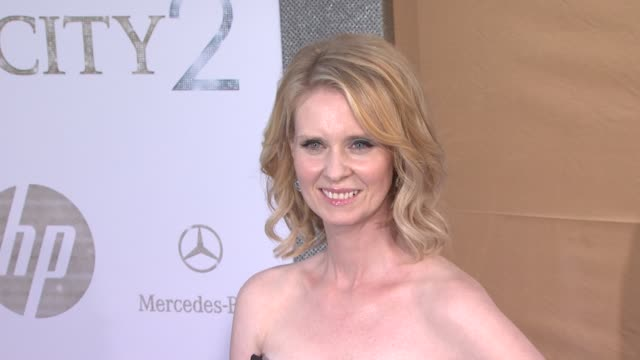 cynthia nixon at the 'sex and the city 2' new york premiere arrivals at new york ny - cynthia nixon stock videos and b-roll footage
