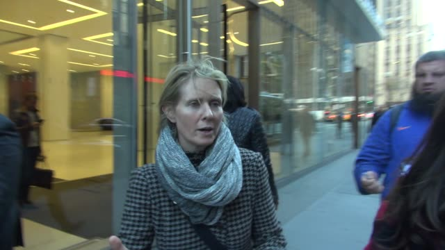 cynthia nixon leaving siriusxm satellite radio on november 16 2015 in new york city - cynthia nixon stock videos and b-roll footage