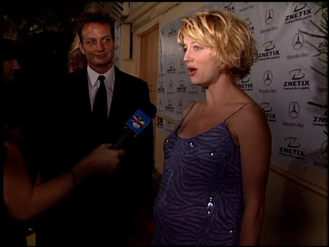 cynthia watros at the 2001 academy awards - red carpet and spago party at the shrine auditorium in los angeles, california on march 25, 2001. - shrine auditorium stock videos & royalty-free footage