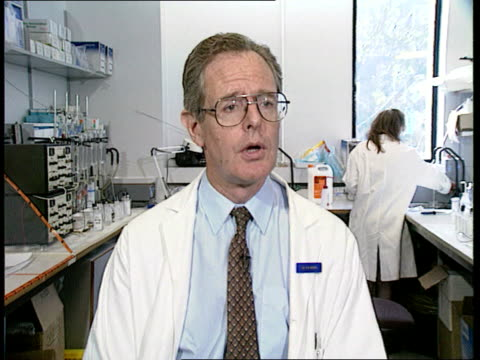 research breakthrough; itn england: london: brompton hospital: int male technician setting up experiment ditto cms intvw dr duncan geddes sof - on... - cystic fibrosis stock videos & royalty-free footage