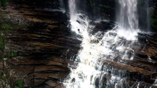 cachoeira da capivara  - aerial view - minas gerais, santana do riacho, brazil - riacho stock videos and b-roll footage