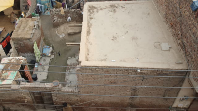 daily life in lahore, pakistan. - garbage disposal stock videos and b-roll footage