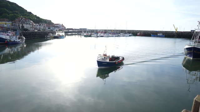 daily life of fishermen in the harbor in scarborough north yorkshire uk on tuesday june 2 2020 - scarborough uk stock videos & royalty-free footage
