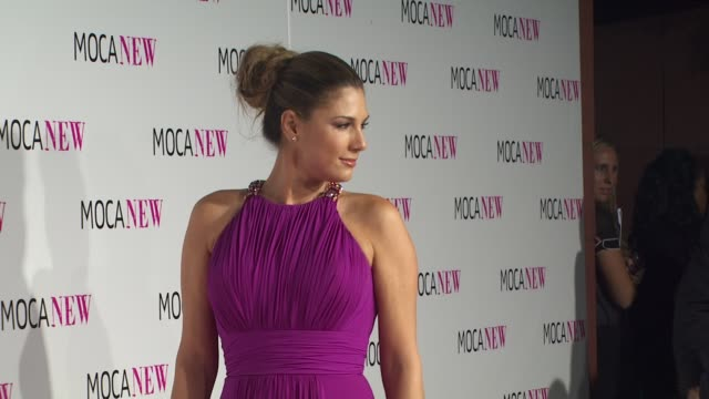 daisy fuentes at the moca new 30th anniversary gala at los angeles ca - daisy fuentes stock videos & royalty-free footage