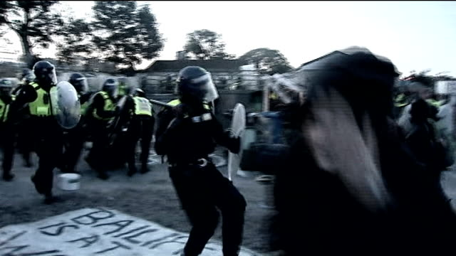 1st anniversary marked by protest / Dale Farm site 12 months on 19th October 2011 ENGLAND Essex Crays Hill dale Farm Riot police entering the Dale...