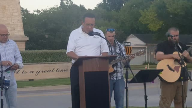 dallas area rapid transit deputy chief and former rowlett tx police chief matt walling speaks at tonight's prayer vigil for police in front of... - police chief stock videos and b-roll footage