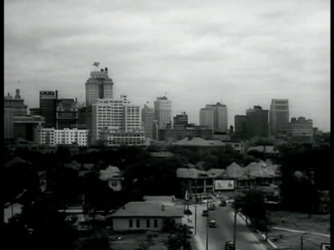 cities dallas downtown skyline fort worth downtown buildings w/ traffic fg - 1936 stock-videos und b-roll-filmmaterial