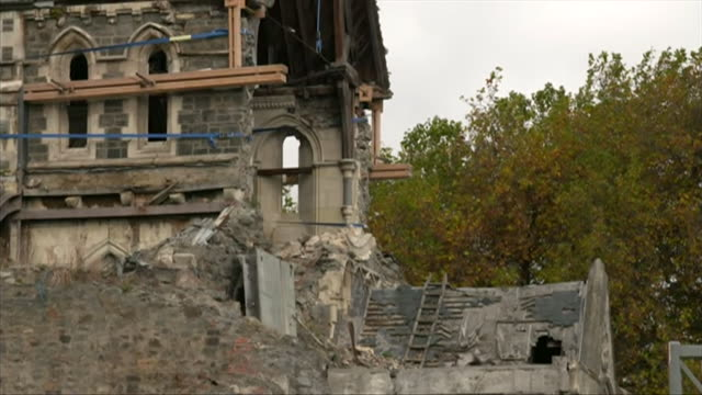 damage to christchurch cathedral from the 2011 earthquake - rebuilding stock videos & royalty-free footage