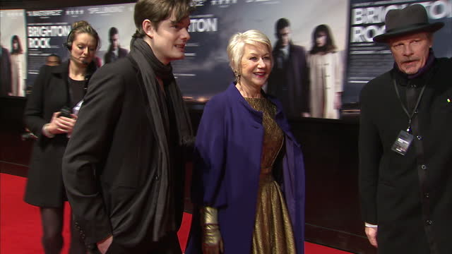 dame helen mirren arriving at the premiere of brighton rock brighton rock premiere red carpet at leicester square on february 01 2011 in london... - 40 seconds or greater stock videos & royalty-free footage
