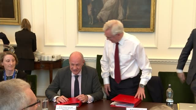 Damian Green denies pornography allegations R161017002 / INT David Davis MP taking seat next to Damian Green MP END LIB