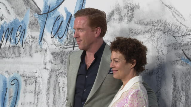 damian lewis and helen mccrory at the summer party 2019 presented by chanel & serpentine galleries at the serpentine gallery on june 25, 2019 in... - ヘレン マックローリー点の映像素材/bロール