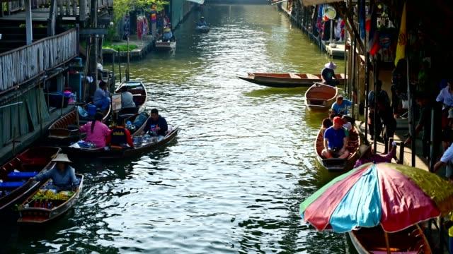 Damnoen Saduak floating market, The famous attractions of Ratchaburi province near Bangkok, Thailand