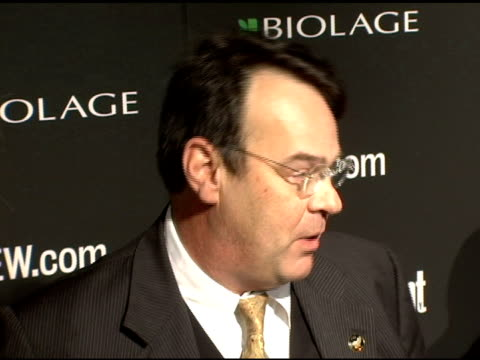 stockvideo's en b-roll-footage met dan akroyd and donna dixon at the entertainment weekly's viewing party for 2006 academy awards at elaine's in new york, new york on march 5, 2006. - entertainment weekly