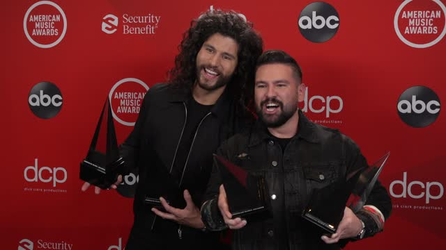dan + shay at the 2020 american music awards at the microsoft theater on november 22, 2020 in los angeles, california. - microsoft theater los angeles stock videos & royalty-free footage