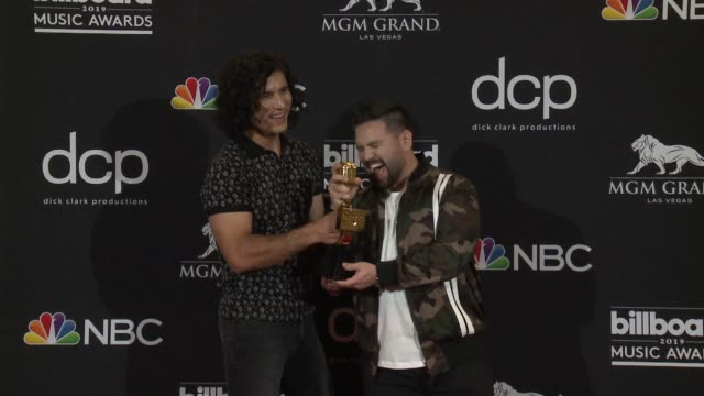 dan smyers shay mooney at mgm grand garden arena on may 01 2019 in las vegas nevada - mgm grand garden arena stock videos & royalty-free footage