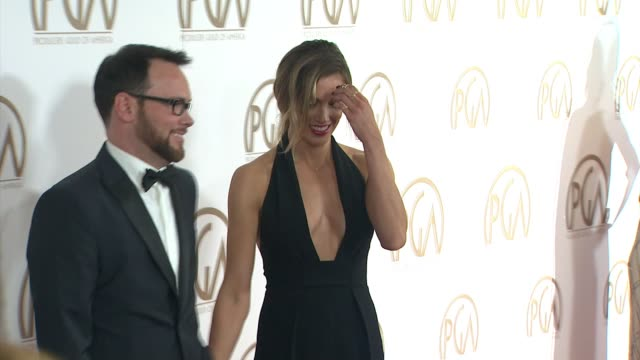 vidéos et rushes de dana brunetti, katie cassidy at 26th annual producers guild awards in los angeles, ca 1/24/15 - producer's guild of america awards