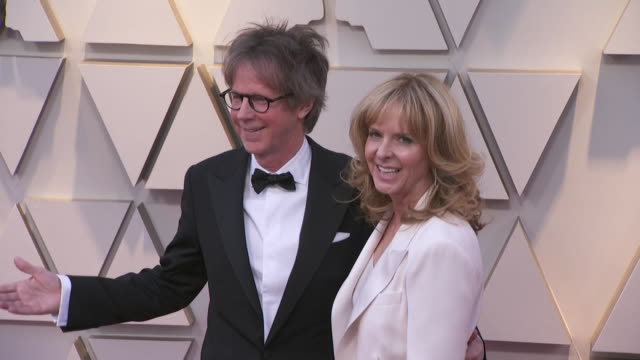 dana carvey and paula zwagerman walking the red carpet at the 91st annual academy awards at the dolby theater in los angeles, california. - music or celebrities or fashion or film industry or film premiere or youth culture or novelty item or vacations 個影片檔及 b 捲影像