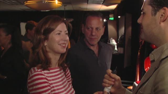dana delany, ross mathews at the bertolli at the presenters gift lounge celebrating the primetime emmy awards hosted by aeg ehrlich ventures at los... - gift lounge stock videos & royalty-free footage
