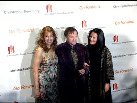 dana reeve robin williams and marsha garces williams at the 'a magical evening' sponsored by the christopher reeve foundation at the mariott marquis... - christopher and dana reeve foundation stock videos and b-roll footage