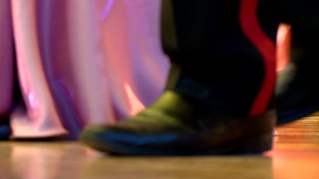 ダンスに学校ボール - 舞踏会点の映像素材/bロール