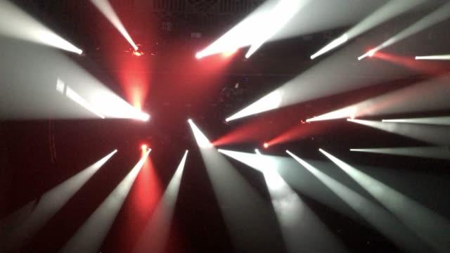 vídeos y material grabado en eventos de stock de concierto de fondo dance of lights - luces estroboscópicas