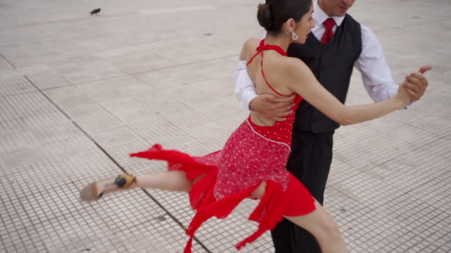 dance partners performing tango argentino - tangoing stock videos & royalty-free footage