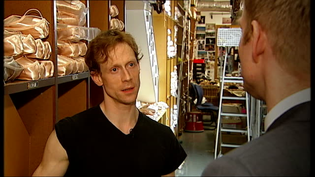 Royal Ballet prepares for 'behind the scenes' Youtube broadcast Edward Watson interview SOT
