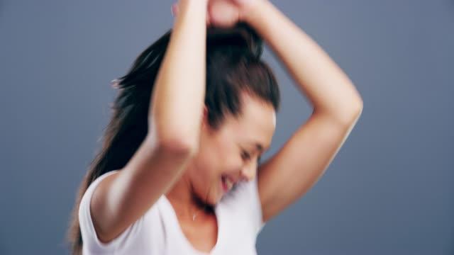 stockvideo's en b-roll-footage met dans met heel je hart - dance studio