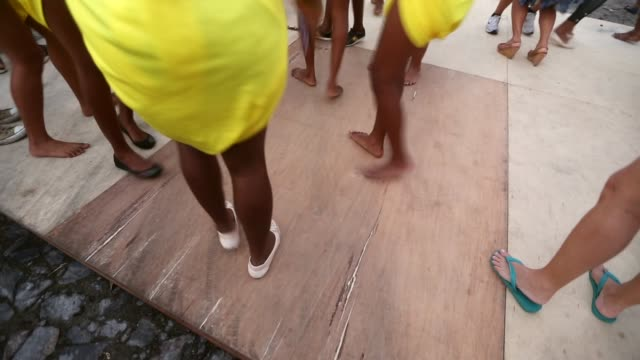 ha cu dancers perform during the festival of the good death on august 15 2014 in cachoeira brazil the afrobrazilian festival put on by the sisterhood... - cachoeira stock videos and b-roll footage